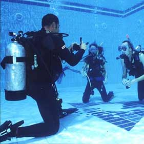 7 Nights B&B with PADI SCUBA Diver Course (2 Days): 350€ per person